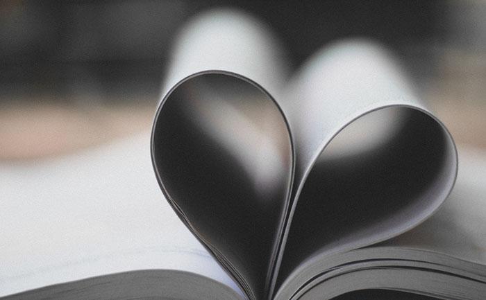 本のハート