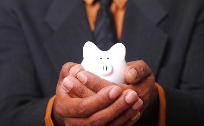 法外な賠償金を吹っ掛けられて応じられない場合、一旦納めてしまう「供託」という方法がある。